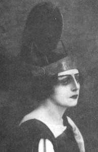 Августа Миклашевская в роли Арикии, спектакль «Федра», Москва, предположительно 1916 год