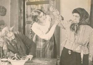 Августа Миклашевская, роль в кино, возможно фильм «Барышня-крестьянка», предположительно 1916-1918 годы